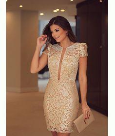 {Golden Lace ✨} Vestido de renda dourado com bordado no decote @docemaria_oficial para @closetdamay ❤️ Que tal?? #ootn #closetdamayviaja…