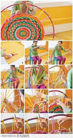 dywanik do pokoju dziecięcego lub z dwóch takich zszywa… na Stylowi.pl Beginner Knitting Patterns, Easy Knitting Projects, Weaving Projects, Knitting For Beginners, Hula Hoop Tapis, Hula Hoop Rug, Finger Knitting, Arm Knitting, Knitting Machine