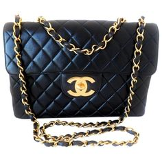 Pre-owned Chanel Vintage Jumbo Quilted Famous Lg Cc Lock Shoulder Bag ($2,995) ❤ liked on Polyvore featuring bags, handbags, shoulder bags, black, crossbody shoulder bags, black quilted purse, quilted leather crossbody, black quilted handbag and black purse