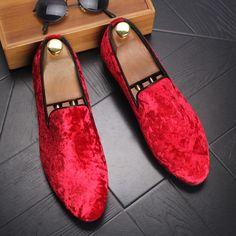 ERRFC Sleek Designer Men Red Loafer Shoes Breathable Flock Stylish Trending Casual  Shoes Man Black Party c04aea85da2c