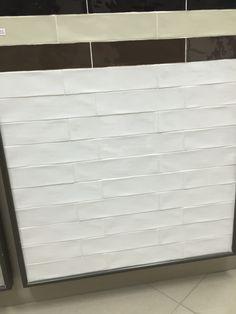 White Argila Beaumont Tiles (Similar to our nostalgia tile for splashback) Country Bathroom Mirrors, Modern Bathroom, Kitchen Splashback Tiles, Splashback Ideas, Backsplash Ideas, Kitchen Cabinets, Beaumont Tiles, Bathroom Renos, Budget Bathroom
