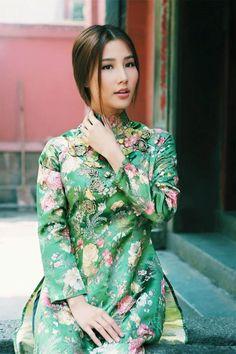 Mỹ nhân Việt mê mẩn áo dài cách tân khi xuân về hình ảnh 2