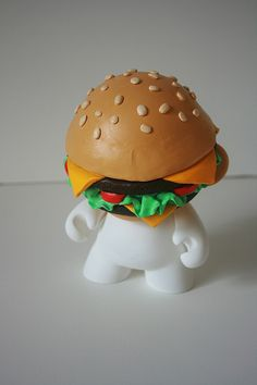 Vinyl, vinyl toys, designer toys, urban vinyl, art toys, Munny burger