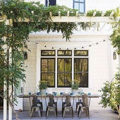 We're easing into this whole Monday thing by getting lost in insanely-beautiful overgrown pergolas and lush patios over on @Pinterest. ✨Come join us by tapping the link in our profile.✨ [ via @betterhomesandgardens] #summerofOKL + #nowpinning