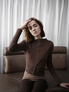 Buy 6 or more patterns from the Norah Gaughan for The Fibre Co. collection and you'll automatically receive a 50% discount on those patterns.