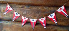 Har laget litt 17. mai-pynt, med enkle midler...   Rød, hvit og blå Bazzill-kartong,   små kakeservietter, en blomsterpunch og et par LID-... Diy And Crafts, Crafts For Kids, Constitution Day, Drawing Conclusions, Crafts For Seniors, Some Times, Time To Celebrate, Mittens, Norway