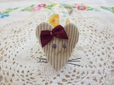 Small floral mouse pincushion