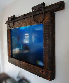 Hanging Tv ,Barn Door Style - Rustic Home Decor Diy Deco Tv, Hanging Tv, Framed Tv, Wall Mounted Tv, Reclaimed Barn Wood, Barn Door Hardware, Barn Doors, Loft Doors, Home Projects