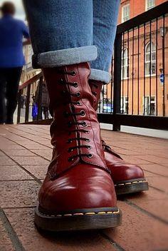 Skinhead Boots, Skinhead Fashion, Skinhead Style, Dr. Martens, Dr Martens Boots, Doc Martens Style, Way Of Life, Cute Shoes, Combat Boots