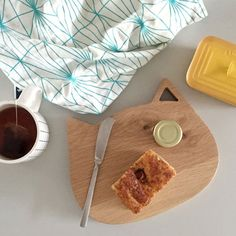 Like, for instance, this simple yet wonderful cutting board. | 24 Things Missing From Your Crazy Cat Lady Life