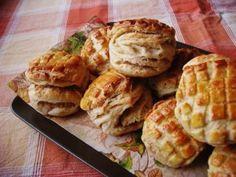 Régimódi tepertőspogácsa | Brioche, avagy kalandozások a desszertek világában- hagyományosan és mentesen is :)