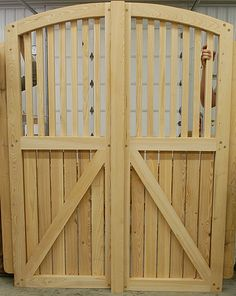 Timber Frame Gate - Heavy Timbered Gate - Wooden Gate - Homestead Timber Frames - Crossville Tennessee