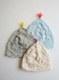 Laura's Loop: Pointy Hats for Newborns — The Purl Bee