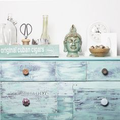 Refine a new dresser, to become an unique DIY Shabby Chic Vintage dresser.