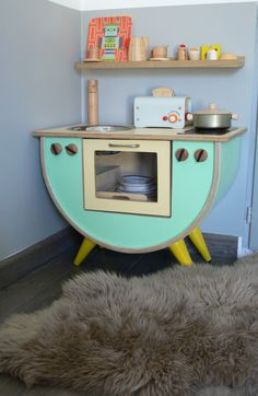 retro kitchen OMG cutest upcycled play-kitchen ever