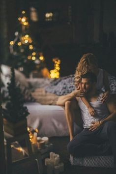 Romantic & Creative Date Night Ideas For Couples - Splash Colours Photo Couple, Love Couple, Couples In Love, Romantic Couples, Couple Shoot, Couple Goals, Couple Boudoir, Boudoir Photography, Couple Photography
