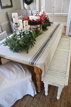 How To Frugally & Quickly Decorate For Christmas
