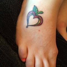 teacher tat... I love this! Boy Tattoos, Sister Tattoos, Little Tattoos, Body Art Tattoos, Apple Blossom Tattoos, Apple Tattoo, Tattoo Life, I Tattoo, Teacher Tattoos