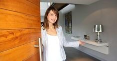 What to Do at an Open House - Home Buyer Etiquette & What to Look For