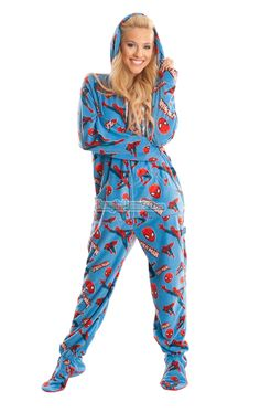 hooded/footie pajamas with a drop seat...yes please! :-) | need to ...