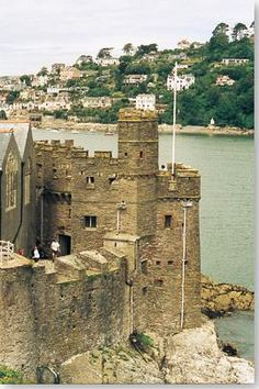 Dartmouth Castle, Devon, UK - Going here next month, cant wait! Devon Uk, Devon And Cornwall, Devon Life, Devon England, South Devon, Dartmouth Castle, Dartmouth Devon, Chateau Medieval, Medieval Castle