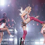 One leg up on the competition! Beyonce, Competition, Wonder Woman, Tours, Legs, Superhero, Concert, Fictional Characters, Women