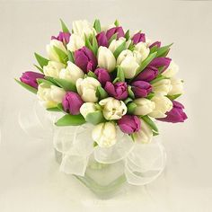 Buchet de mireasa doar la 123flori Diy Flowers, Flower Diy, Nasa, Floral Arrangements, Floral Wreath, Diy Crafts, Wreaths, Catering, Balls