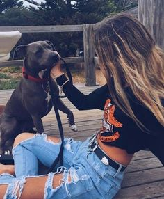 Fashion Tips Outfits .Fashion Tips Outfits Photos With Dog, Dog Pictures, Cute Pictures, Animal Photography, Fashion Photography, Foto Casual, Instagram Pose, Girl And Dog, Dog Love
