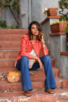 #Vivaluxury in our Taylor High-waist Flares