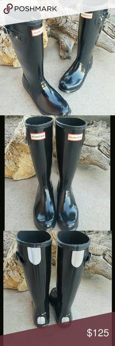 Black Tall Hunter rain boots Black Tall Hunter waterproof rubber upper boots. Textile lining. Super comfy boots. It has some minor scatch but nothing major. Hunter Boots Shoes Winter & Rain Boots