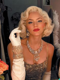 Get the Marilyn look – the #Smash make-up artist shares her tricks for Monroe…