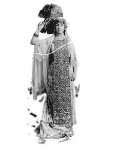 Rachel, Countess of Dudley, née Gurney as Queen Esther