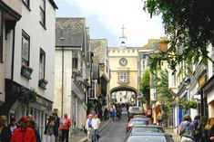 Totnes high street - I remember the stalls they used to have with the dolls.  We always went on Tuesdays :-)