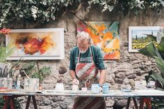 This article is dedicated to acrylic painting beginners. Even though painting is a creative process, you still need to know what to do and where to begin. So check out these 5 main keys to the successful start! Arte Online, Kunst Online, Online Art, Poster Xxl, Writing A Business Plan, Art En Ligne, Easy Art Projects, Selling Art Online, Eco Friendly House