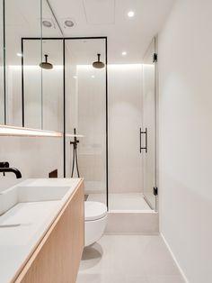58 veces he visto estas apacibles cocinas minimalistas. Minimalist Small Bathrooms, Minimalist Bathroom Design, Simple Bathroom Designs, Contemporary Bathroom Designs, Modern Bathroom Design, Small Bathroom Interior, Eclectic Bathroom, Modern Farmhouse Bathroom, Bathroom Styling