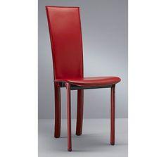 CHAISE EN CUIR CLEA : Des lignes sobres pour cette chaise en cuir. > http://www.camif.fr/salon-sejour/chaise/chaise-de-sejour/02001107-lot-de-2-chaises-cuir-clea-4-pieds-sans-motif-dos.html?405=2347#descriptive: