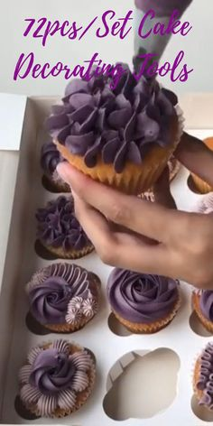 A new video with the prettiest purple Cupcakes.🤩 The most simple and yet the most elegant piping style. 😍72pcs/Set Cake Decorating Tools helps to create your own Cupcakes by @ennahs.cakes #cookinginsights #pipingtips #piping #pipingtechniques #cupcakes #cakes #cakedecorating #birthday #baking #bakingtips #kitchengadgets #kitchenutensils #birthdaycupcakes #birthdaycake #bakingtools #bakingutensils #bakinggadgets Cupcake Decorating Tips, Cake Decorating Frosting, Cake Decorating Designs, Cake Decorating Techniques, Cookie Decorating, Cupcakes Design, Cupcake Cake Designs, Decoration Patisserie, Dessert Decoration
