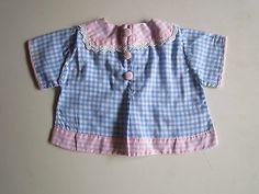 Schoene-alte-Puppenkleidung-Niedliche-karierte-Bluse