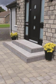 Tobermore Country Stone Cedar & Slate, Tegula Slate, Sienna Setts Silver with St. - Tobermore Country Stone Cedar & Slate, Tegula Slate, Sienna Setts Silver with Step Risers Charcoal Garden Ideas Driveway, Driveway Design, Driveway Landscaping, Landscaping Ideas, Front Driveway Ideas, Back Garden Design, Front Yard Design, Backyard Garden Design, Patio Steps