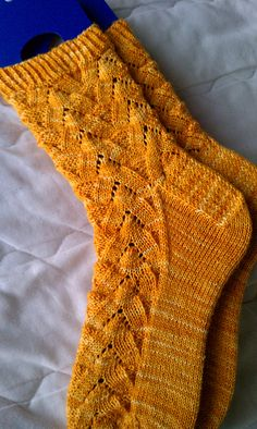 Monkey Socks, designed by Cookie A.  : Possibly the best sock pattern EVER