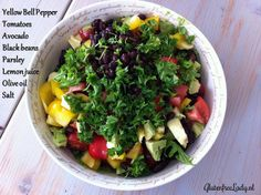 Multi-coloured salads for lunch. Follow the link for ideas! http://glutenfreelady.nl/lunch-salads/