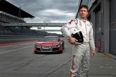 El embajador de Zenith, Felix Baumgartner, conducirá el AUDI R8 LMS en las 24 horas de Nürburgring.