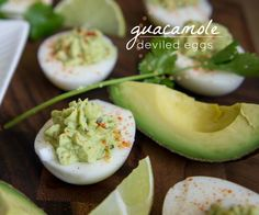 Guacamole Deviled Eggs Recipe 6 hard boiled eggs, peeled and cut lengthwise 1 ripe avocado, pitted and peeled 1 Tbsp fresh lime juice tsp salt tsp onion powder 1 tsp minced garlic more or less to taste 2 tsp finely chopped cilantro paprika Guacamole Deviled Eggs, Deviled Eggs Recipe, Holy Guacamole, Think Food, I Love Food, Healthy Snacks, Healthy Eating, Healthy Recipes, Comida Latina