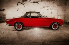 Fiat 124 Sport Spider, Fiat 124 Spider, Dream Garage, Cars And Motorcycles, Classic Cars, Automobile, Retro, Cs, Sports