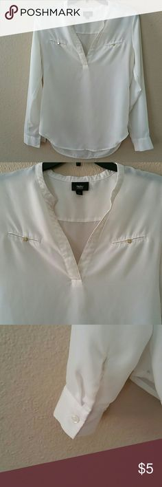 Long sleeve blouse - size XS Mossimo long sleeve blouse in great condition. Sheer ivory color. Mossimo Supply Co Tops Blouses