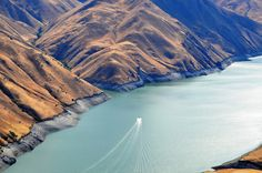 Pack your bags and bring a lunch - these amazing rivers in Oregon will give you wanderlust.