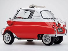 1957 Bmw Isetta 300 - seeing this makes me want to take a summer's day drive!