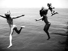 Marlene McKinnon, Mary MacDonald and a terrified Lily Evans. Taken by Hestia Jones. Summer 1977.