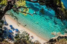 Fantastic blue-green water at Tsamadou beach