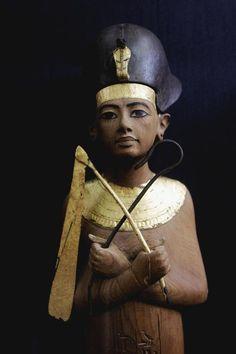 Ushabti of Tutankhamun in Khepresh. Egypt . Museum of Cairo